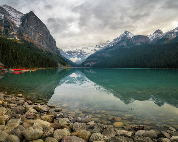 Photograph - Lake Louise In The Fall by James Udall