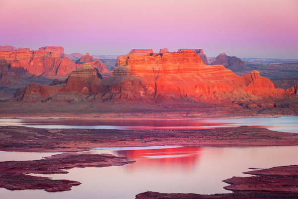 Photograph - Lake Powell Sunset Mesa by Johnny Adolphson
