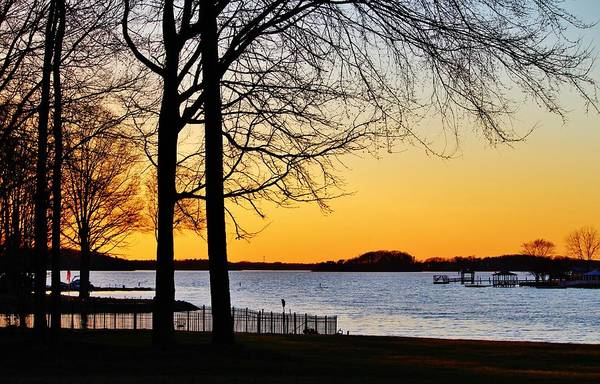Photograph - Lakeside Sunset by Cynthia Guinn