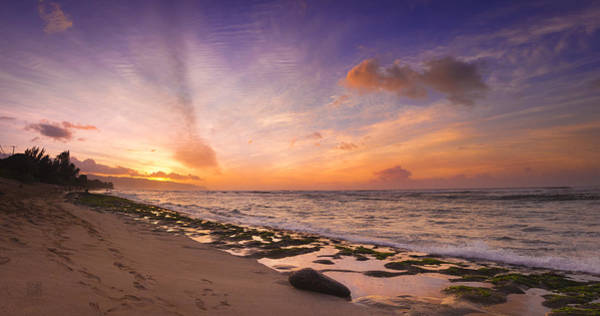 Photograph - Laniakea Sunset by Geoffrey Lewis