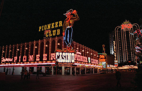 Photograph - Las Vegas 1983 #1 by Frank Romeo