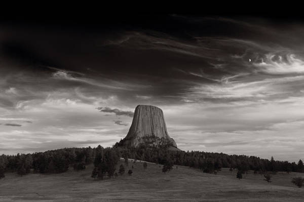 Close Encounters Wall Art - Photograph - Last Light On Devils Tower Bw by Steve Gadomski