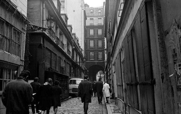 Photograph - Latin Quarter Paris 2 by Lee Santa