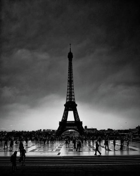 Wall Art - Photograph - Le Tour Eiffel by Joseph Smith