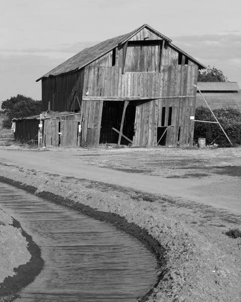 San Joaquin Valley Photograph - Leaning Barn San Joaquin County Ca by Troy Montemayor