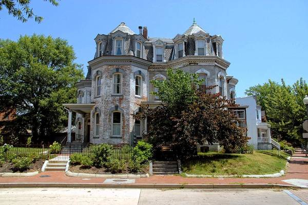 Photograph - Ledroit Park Manor by Walter Neal