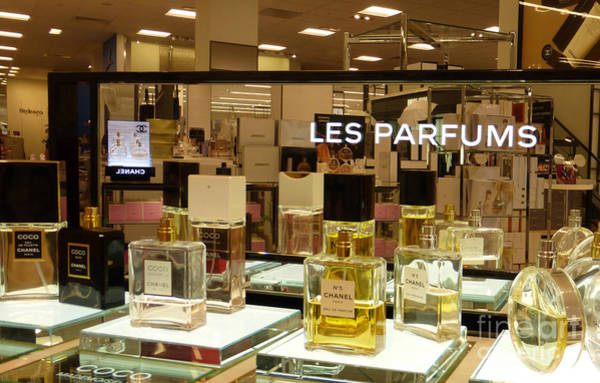 Wall Art - Photograph - Les Parfums by To-Tam Gerwe