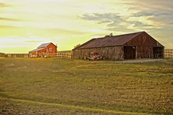 Photograph - Leuenberger Barn At Sunset by Amanda Smith