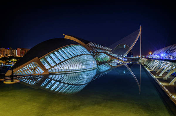 Photograph - L'hemisferic In Valencia by Pablo Lopez