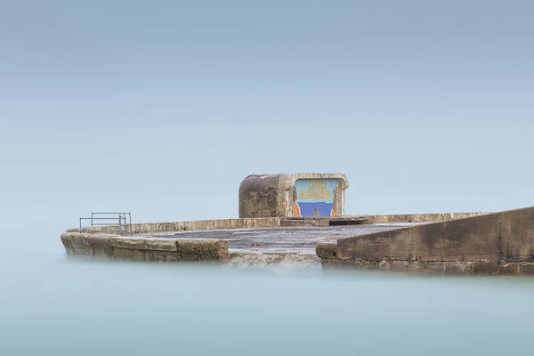 Margate Photograph - Lido Sands by Ian Hufton