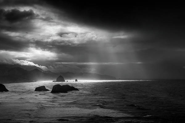 Wall Art - Photograph - Light Rays At Cannon Beach by Andrew Soundarajan