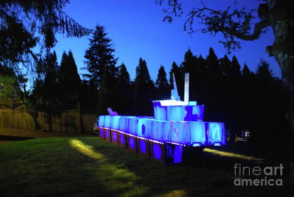 Photograph - Light Sculpture by Bill Thomson