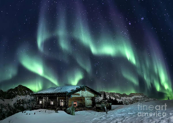 Northern Photograph - Light Through The Night by Evelina Kremsdorf