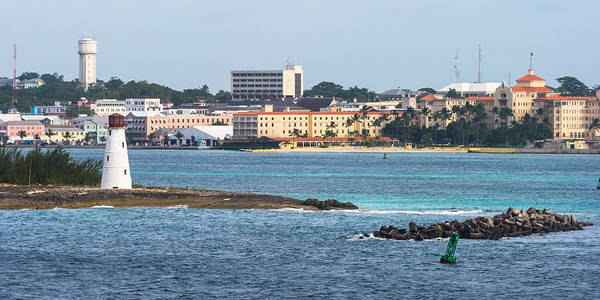 Photograph - Lighthouse And British Colonial Hilton At Nassau by Ed Gleichman