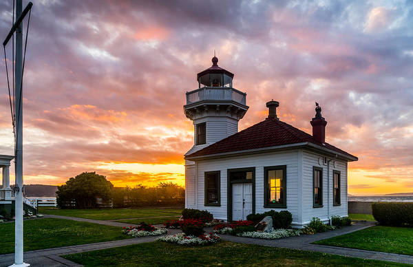 Photograph - Lighthouse At Mukilteo by TL  Mair