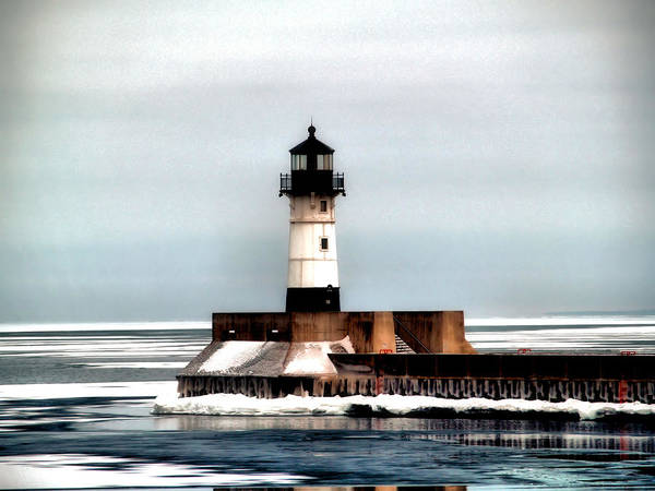 Lake Superior Wall Art - Photograph - Lighthouse by Jimmy Ostgard