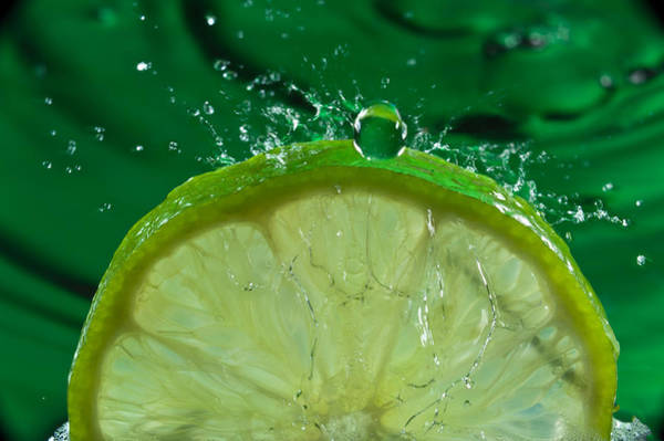 Wall Art - Photograph - Lime Freshsplash Number 2 by Steve Gadomski