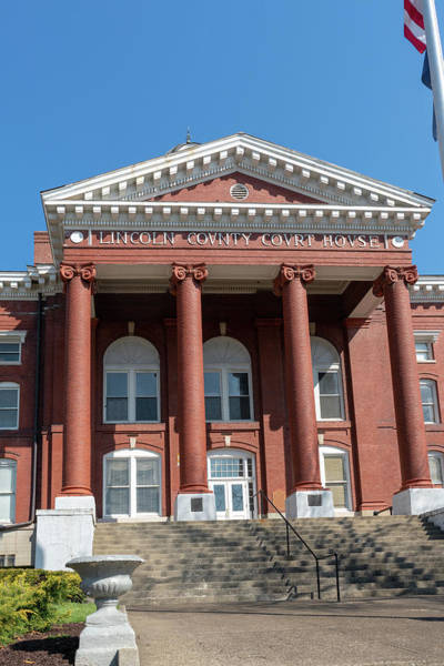 Photograph - Lincoln County Courthouse by Sharon Popek