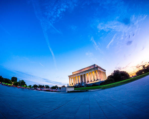 Photograph - Lincoln Memorial Twilight by Chris Bordeleau