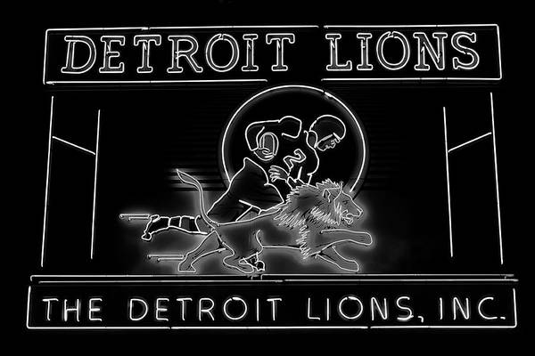 Detroit Lions Photograph - Lions Football by Frozen in Time Fine Art Photography