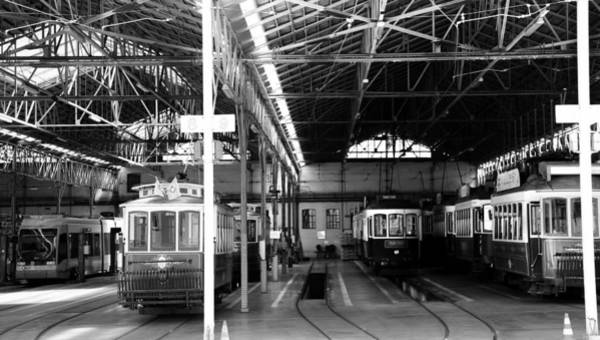 Photograph - Lisbon Trolley 13b by Andrew Fare