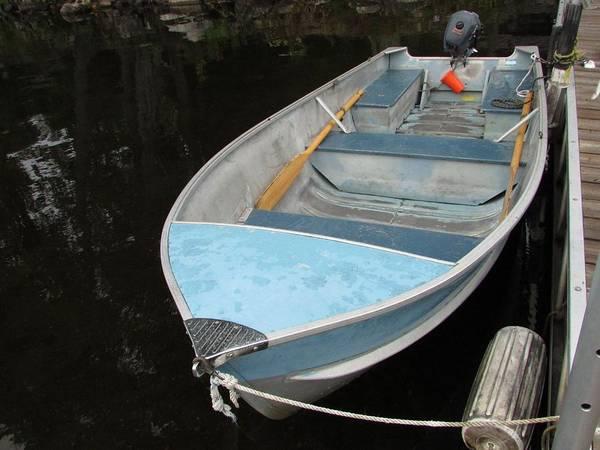 Wall Art - Photograph - Little Blue Boat by Juli Kreutner