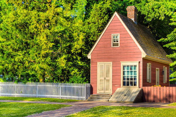 Photograph - Little Pink Houses - Colonial America by Mark Tisdale