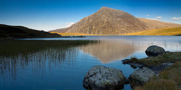 Photograph - Llyn Idwal And Pen-yr-ole-wen by Peter OReilly