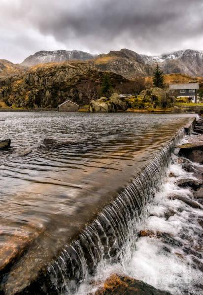 Weir Wall Art - Photograph - Llyn Ogwen Weir by Adrian Evans