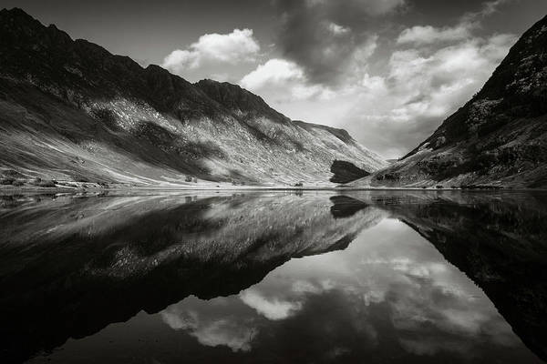 Wall Art - Photograph - Loch Achtriochtan by Dave Bowman