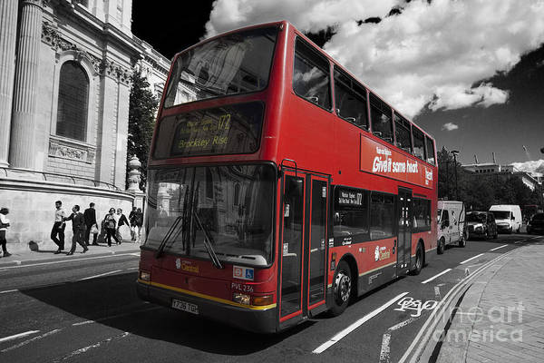 Photograph - London Bus by Agusti Pardo Rossello