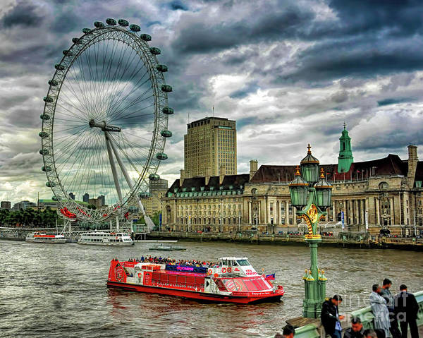 Photograph - London Eye by Ken Johnson