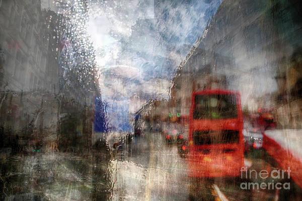 Photograph - London In Rain by Ariadna De Raadt