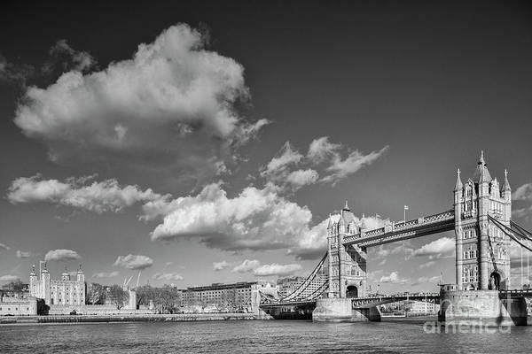 Wall Art - Photograph - London Monochrome by Colin and Linda McKie