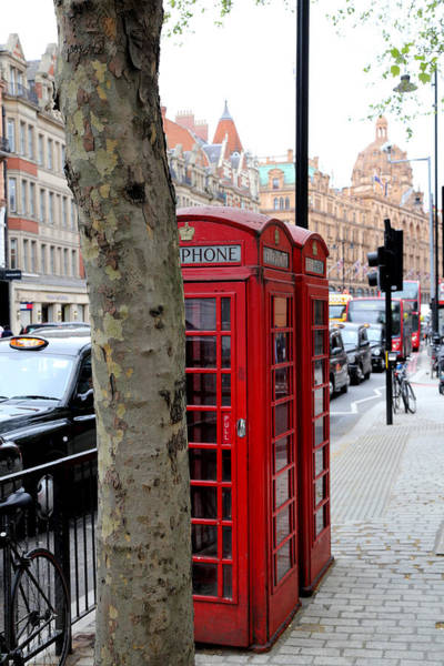 Photograph - London Phone Booth 1 by Andrew Fare
