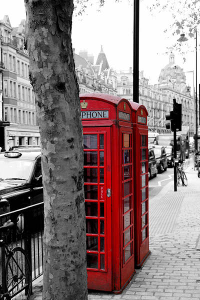 Photograph - London Phone Booth 3 by Andrew Fare