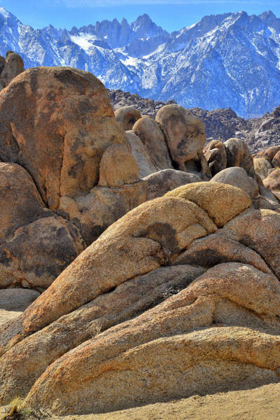 Photograph - Lone Pine's Beautiful Alabama Hills by Ray Mathis