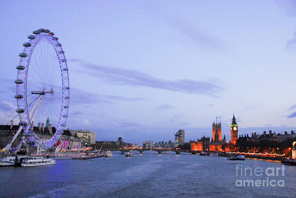 London Eye Photograph - Looking Down The Thames by Paul Quinn