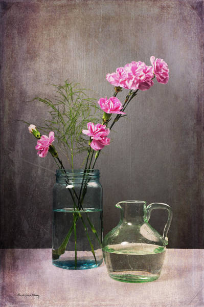 Photograph - Looking Pretty For You by Randi Grace Nilsberg