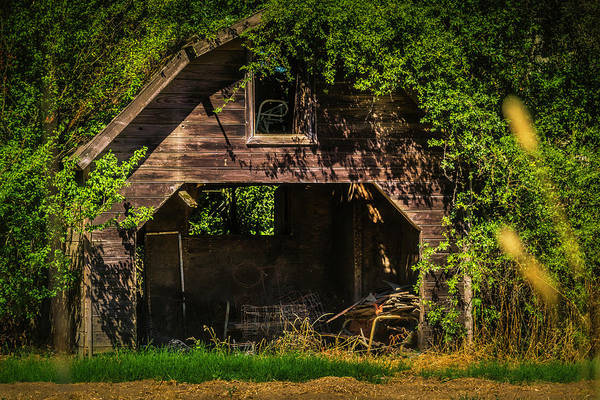 Framing Photograph - Lost Barn by Garry Gay