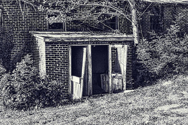 Photograph - Lost Doorway by Sharon Popek