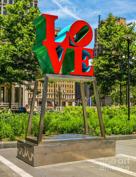 Photograph - Love In Dilworth Park by Nick Zelinsky
