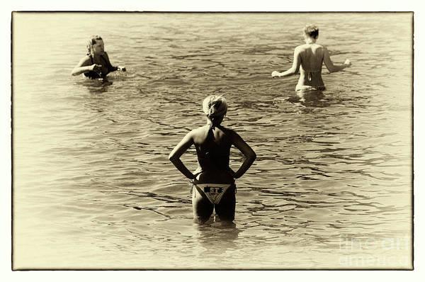 Photograph - Love Triangle by John Rizzuto