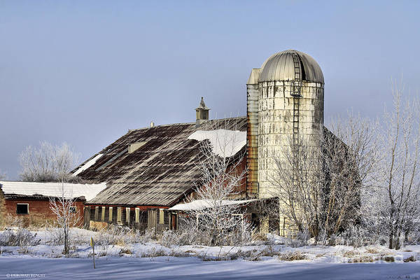 Photograph - Lower Newton Rd. Barn by Deborah Benoit
