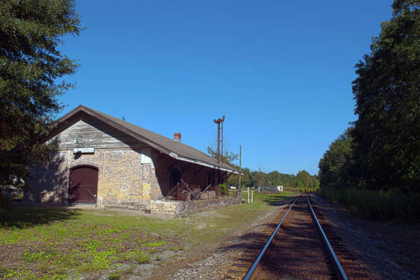Loyd Train Station Eastbound In Hdr Art Print