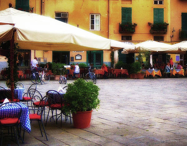 Photograph - Lucca Piazza by Coleman Mattingly