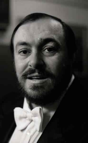 Photograph - Luciano Pavarotti by KG Thienemann