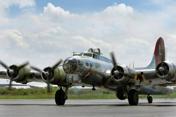 Bomber Photograph - Maiden Closeup by Peter Chilelli