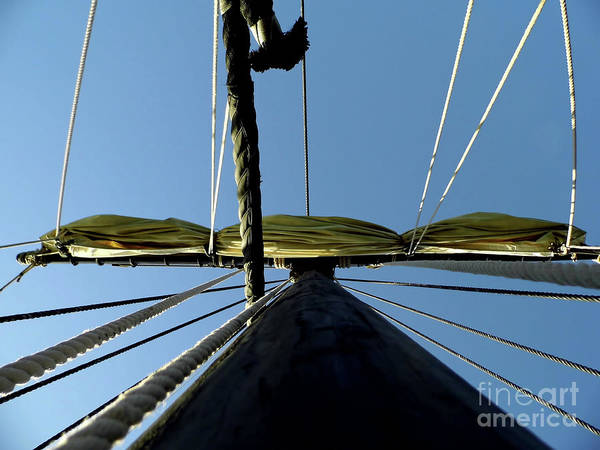 Floating Museum Photograph - Main Mast Of The Nina by D Hackett