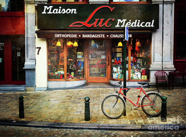 Photograph - Maison Luc Bicycle by Craig J Satterlee